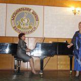 Полухина Ольга Феодосьевна, за роялем Цапурина Ирина Владимировна