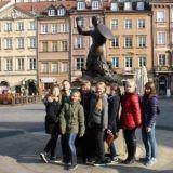 Памятник Русалочке - символу Варшавы